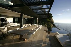 Amazing pool and outdoor living space at the Mwanzoleo Residence by SAOTA and Antoni Associates