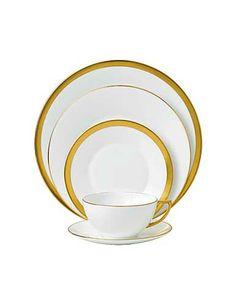 Jasper Conran Wedgwood China Gold Banded 5 Piece Place Setting - Crystal Classics