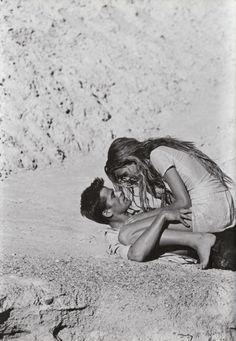 """Zabriskie PT"", Vogue Italia, March 1998Photographer : Peter LindberghModels : Esther Canadas & Mark Vanderloo"