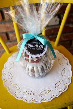 """Thanks a Bundt ch- free teacher printable 
