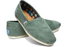 $54 Sea green Toms..with polka dot insides..yeees!