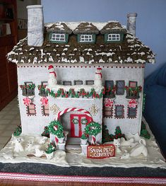 More Gingerbread houses!