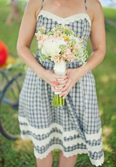 This sweet, gingham bridesmaids dress would be perfect for a country wedding! #westernwedding #country #wedding #bridesmaid
