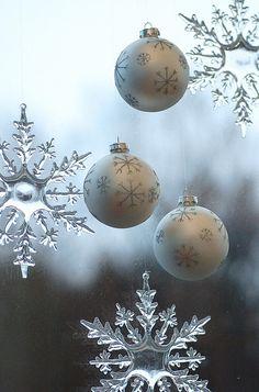 snowflakes ♥love♥