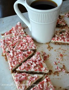 Peppermint Mocha Cookie Crisps- crunch cookie base topped with White chocolate and Andes peppermint #peppermint #fbcookieswap @Shugary Sweets