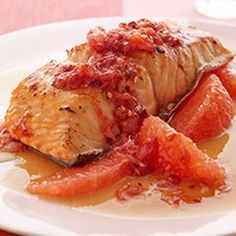 Glazed Salmon with Spicy Grapefruit Relish #perfectpickin #grapefruits #july #sproutsfm