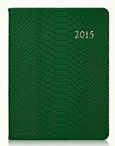 2015 desk diary http://rstyle.me/n/pu36dnyg6