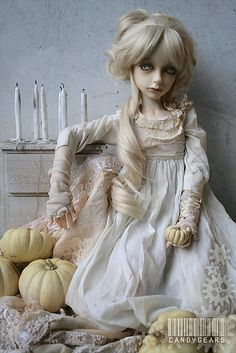 Altar Ghost by candygears, via Flickr