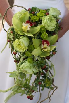 My lime green bouquet!