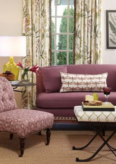 Botanical Garden Fabric Collection. Image: Calico Corners. #living_room #purple #floral