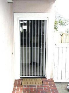 Horse trailer stuff on pinterest 54 pins for Screen door with roll up screen