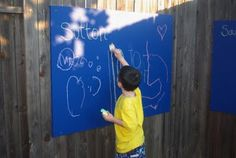 Mom's Crafty Space: Outdoor Chalkboards