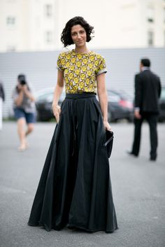 Maxi skirt with a sm