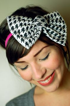 Houndstooth bow  ♥