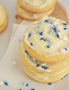 Soft Sugar Cookies (Lofthouse Copycat)