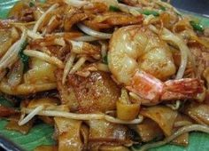 Char Kuey Teow (炒粿條/Penang Fried Flat Noodles)