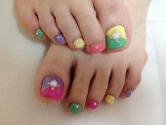 Pretty Pedicure Nail Art Ideas for 2012