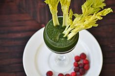 The Whole Life Nutrition Kitchen: Winter Green Smoothie