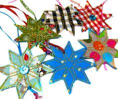 Heel makkelijk en leuk geschenk hangers maken met alleen maar restlapjes.