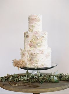 Watercolor cake - looks like a piece of art, via Once Wed