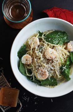 Shrimp & Spinach Spaghetti | Set the Table