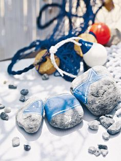 I could so do this!  Coastal Style: Seaside Accessories