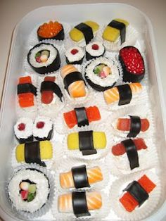 Sushi Cup Cakes !!!