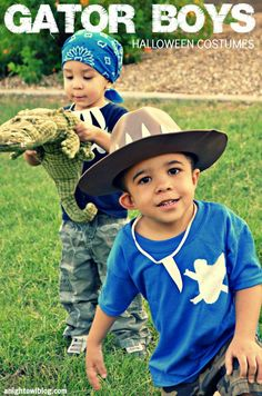 EASY last-minute costume! Gator Boys Homemade Halloween Costumes | #GatorBoys #AnimalPlanet #Halloween #Costumes #Kids