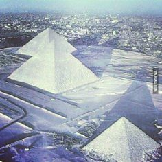 Snow has fallen on the pyramids of Egypt for the first time in 112 years