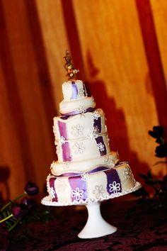 Harry potter themed wedding cake