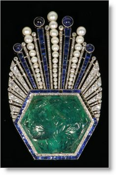 Art Deco carved emerald, sapphire and diamond brooch