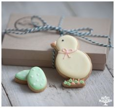 Easter chick biscuit