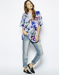 Image 4 of ASOS Oversized Top in Blurred Floral