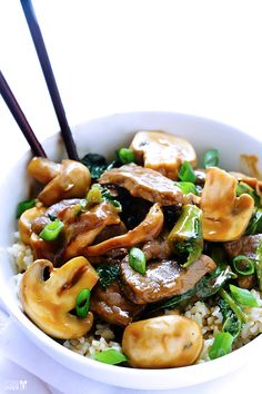 Ginger Beef, Mushroom & Kale Stir Fry -- easy, delicious, and ready to go in 30 minutes! | gimmesomeoven.com