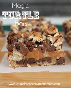 Magic Turtle Bars from ChocolateChocolateandmore.com #chocolate #caramel #pecans #bars