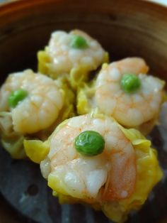 Recipe: Steamed Shrimp Siu-Mai Dumplings with Pork and Mushrooms|エビ焼売