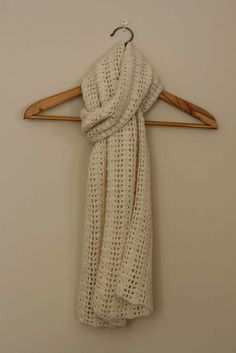 Claudia Scarf.  Crochet Scarf Pattern.