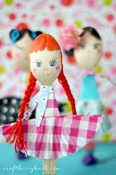 Wooden Spoon Dolls on skiptomylou