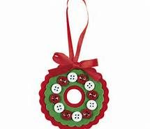 button and felt wreath ornament - kids christmas crafts