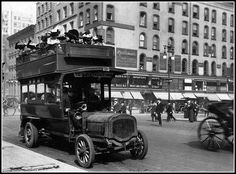 U.S. Ladies on a Bus, New York City, 1910s | Flickr: