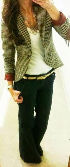 Great everyday work outfit. Love the tweed jacket and the straight, hang-off-the-hips pants. (When I have much smaller hips lol)