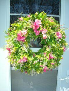 What a gorgeous wreath!