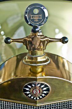 1917 Owen Magnetic M-25 Hood Ornament