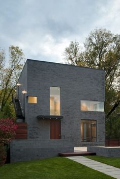 Hampden+Lane+House+/+Robert+Gurney+Architect
