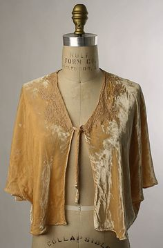 1930's Bed Jacket
