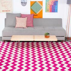 Super excited about the chevron trend right now. And how cute is this pop of color? // Chevron area rug