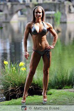 Interview with Amazing Bikini Competitor/Fitness Model Zdenka Cerna