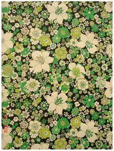 Vintage Wallpaper: 70s flowers