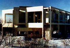*Peter Eisenman, House III, 1970, Lakeville, Connecticut. Deconstructionism*