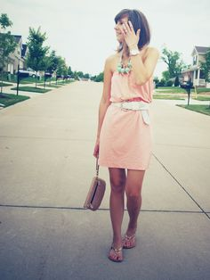 cute dress...love the pink and turquoise together.